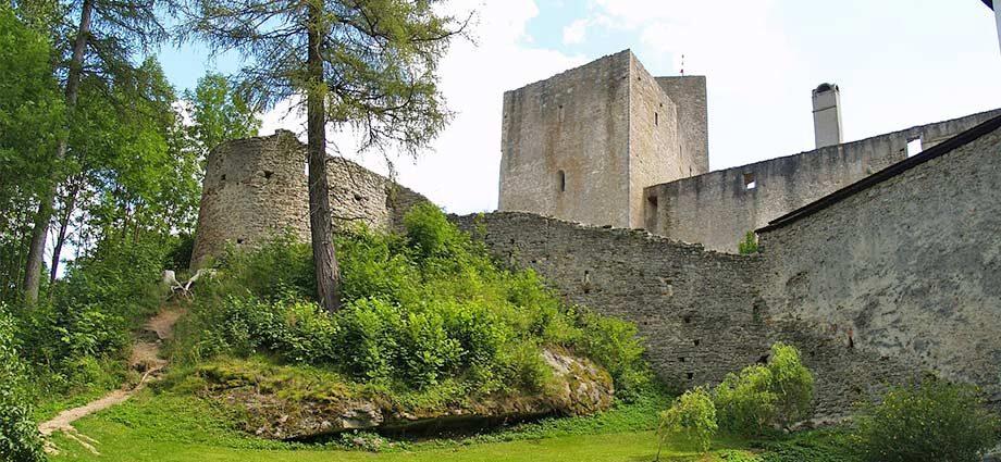 Burg Landstein